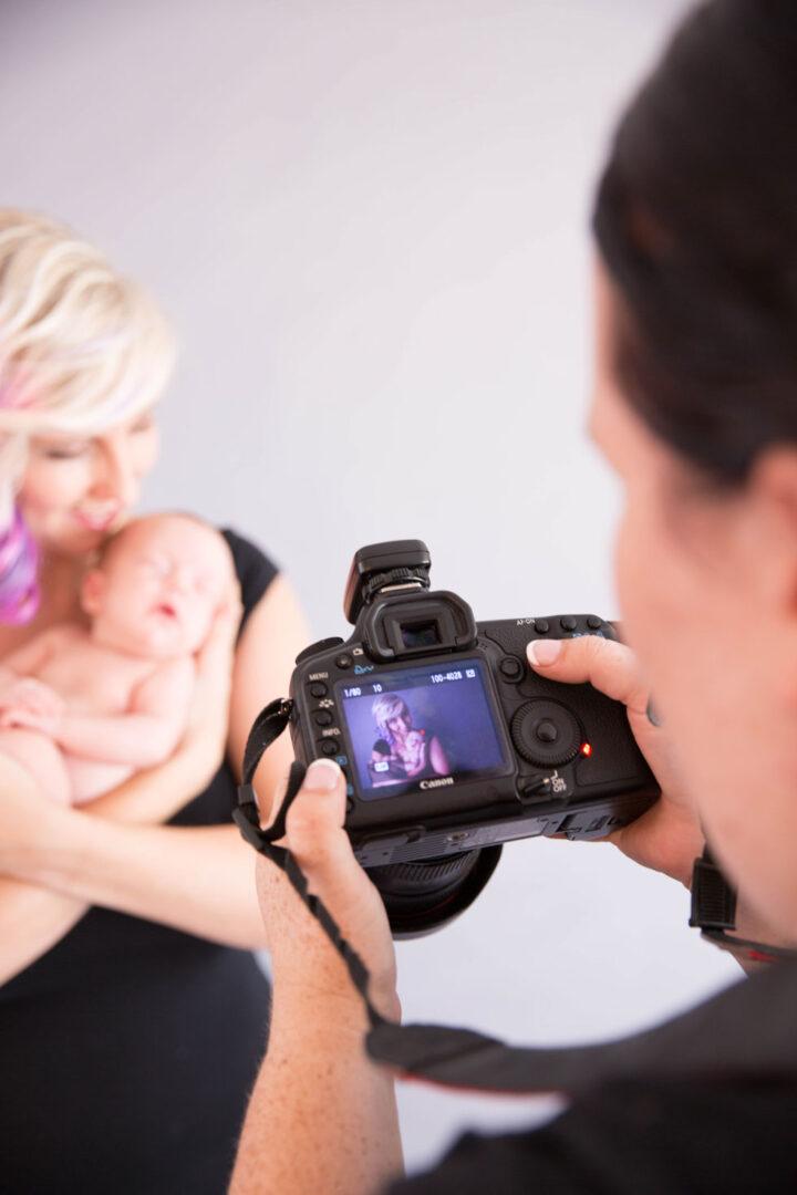 Amy Green newborn photographer
