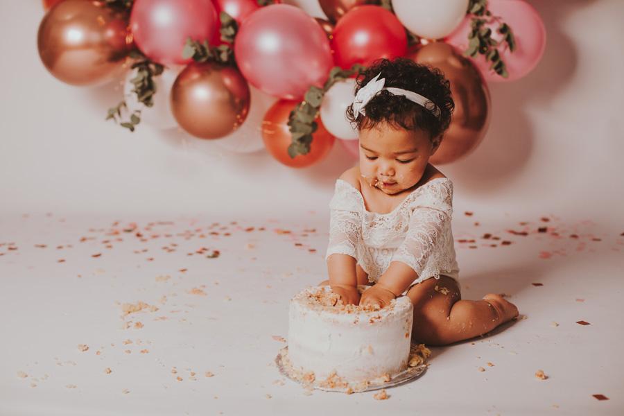 cake smash girl pink and gold